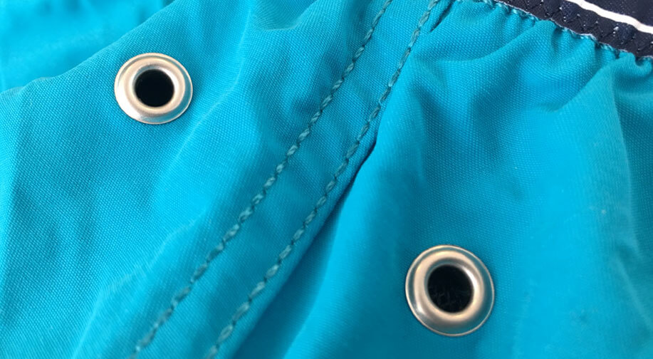 "Back eyelet holes reduce the ""balloon"" effect"