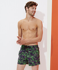 Men Stretch classic Printed - Men Stretch Swimwear Madrague, Grass green frontworn