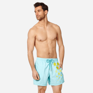 Men Classic Embroidered - Men Swim Trunks Placed Embroidery Infinite Turtles, Acqua frontworn