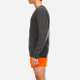 Men Sweaters Solid - Mongolian cashmere crewneck sweater, Grey supp3