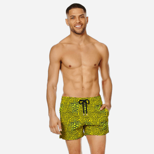 Men Stretch classic Printed - Men Swimwear Stretch Shell Turtles, Citron frontworn