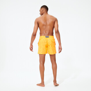 Men Classic Printed - Men Swim Trunks Ocean Paisely, Curry backworn