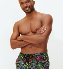 Men Stretch classic Printed - Men Stretch Swimwear Evening Birds, Black frontworn