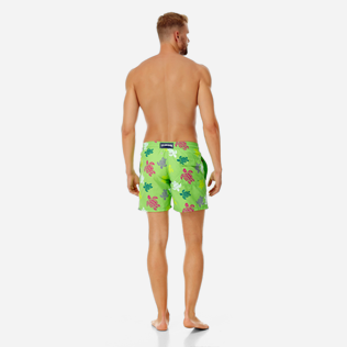 Men Classic Printed - Men swimtrunks Tortues Multicolores, Grass green backworn
