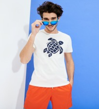 Hombre Autros Estampado - Men Organic Cotton T-Shirt Turtle Team, Blanco tiza frontworn