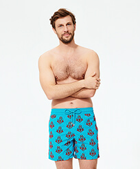 Men Classic Printed - Men Swim Trunks Pranayama Floked, Light azure frontworn