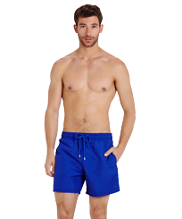 Men Classic Magic - Men Swim Trunks Water-reactive Crabs, Royal blue frontworn