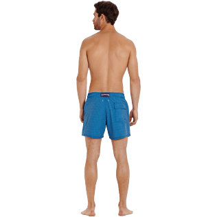 Men Stretch classic Graphic - Men Swim Trunks Stretch Carreaux, Swimming pool backworn