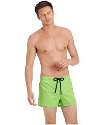 Men Short classic Solid - Men Swimwear Short and Fitted Stretch Solid, Wasabi frontworn